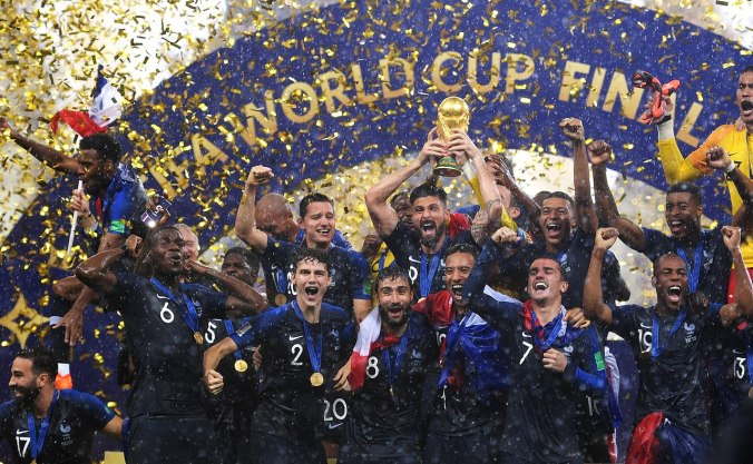 1280px-France_champion_of_the_Football_World_Cup_Russia_2018